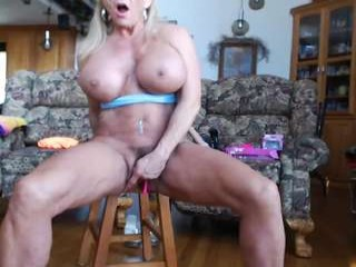 musclemama4u girlies trading lingerie for some anal sexual favors