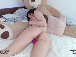 miss_ak This is the first anal sex of teen Tanya.