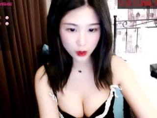 cn_yoyo Her wet anal and tight butt are always glad to accept new guest.