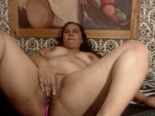 samantahotsex Hardcore threesome on the sofa with anus and mouth busy.