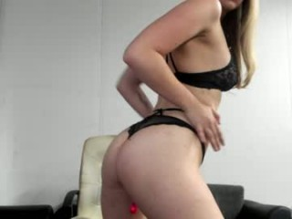 little_dutch You must watch this hot amateur anal cumshot