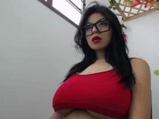 kaliffa_zoe Hot blonde shoves a huge dildo up her ass!