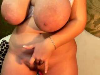 sweetrosse20 Horny stud drills ass in doggy position.