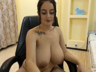 leya_gray Hot fuck session for this horny amateur couple