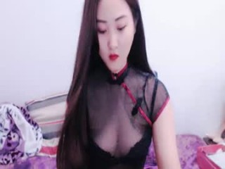 chicdoll4u Licking a big load of cum from out of her tight asshole
