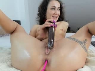 amalianilsson Young dark haired slut rides the cock and then licks it all over.